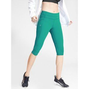 Athleta  Green Dobby Free Knicker Crop Leggings